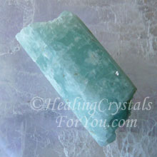 Natural Aquamarine Stone
