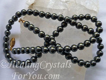 Hematite Crystals Meaning & Use: Stimulate Mind Protective