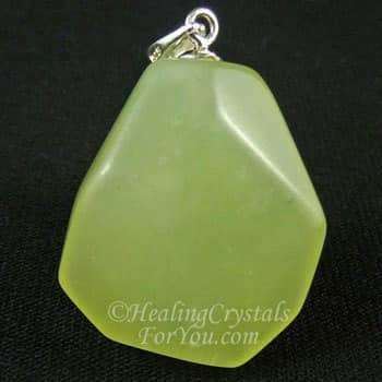 Green Prehnite Meaning: Enhances Precognition & Helps You Be Prepared