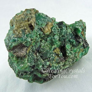 Emerald Stones Meaning & Uses: Emit Green Ray Energy Of Abundant Love