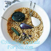 Cleansing crystals with rice